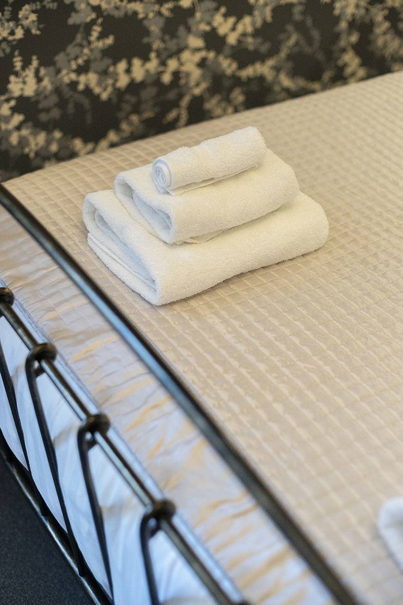 Queensberry House towels in room