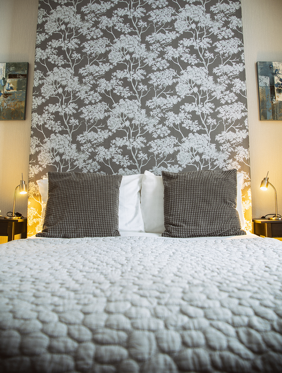 Queensberry House Moffat Heather double room